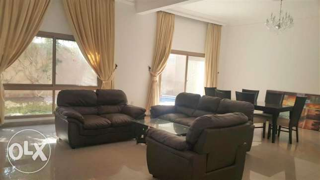 BYA10 duplex 4br semi or fully furnished villa for rent near to beach