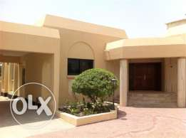 (SRM4)Semi furnished villa for rent at Saar
