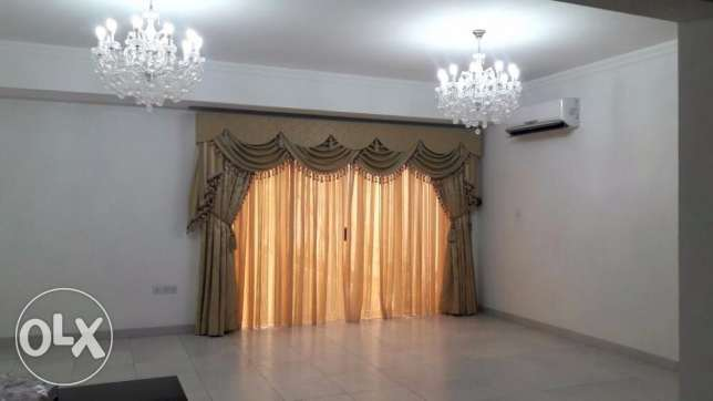 Three Bed + Maid's Room, Two Story Private Villa (Ref No :TBZ4)