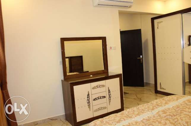 3 bedroom apartment brand new in New hidd/fully furnished inclusive جفير -  2