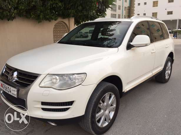Volkswagen Touareg 2008 full option very good condition sale