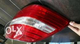 Back light right side for lexus ls430 models 2004 to 2006
