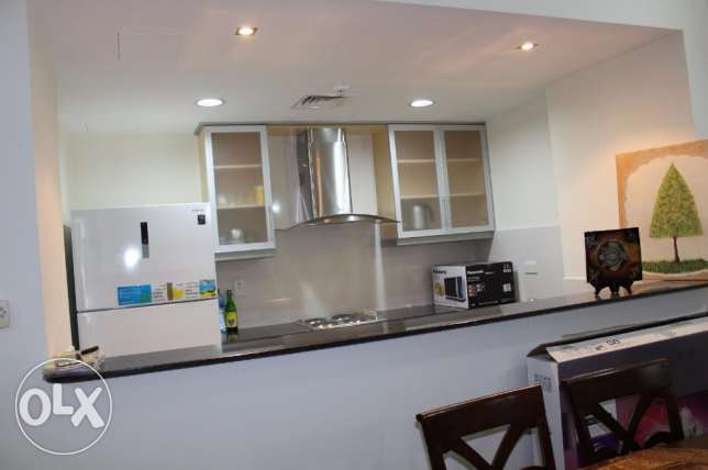 2 bedroom Amazing apartment in Amwaj fully furnished/lagoon view جزر امواج  -  3