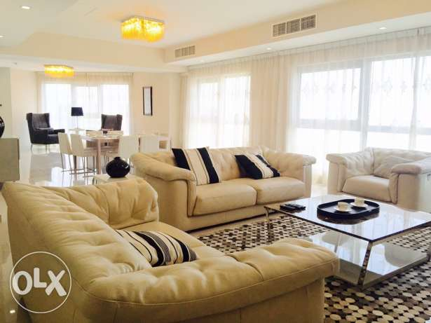 Luxury Four bedrooms Penthouse with Private pool in Amwaj-Island .