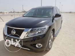 Superb Condition NISSAN PATHFINDER Full Option 2016