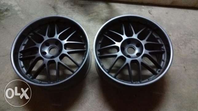 22 inch Porsche cayenne alloy wheels المنامة -  2