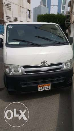 2011 toyota bus well condition urgent sale