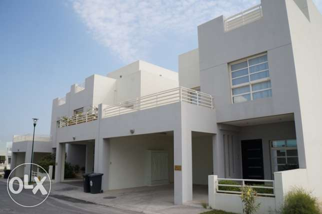 !!!HOT DEAL!!! Riffa Views 3 BR villa 800 BHD - FOR RENT