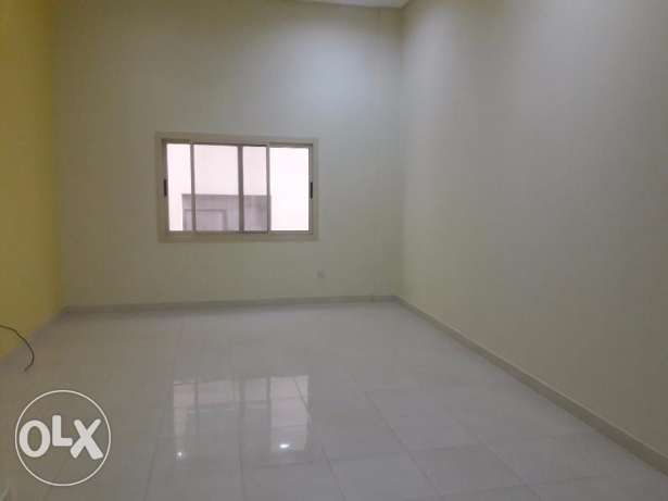 Janabiyah:- 2Bhk Semi Furnished Flat Available on Rent..Incl