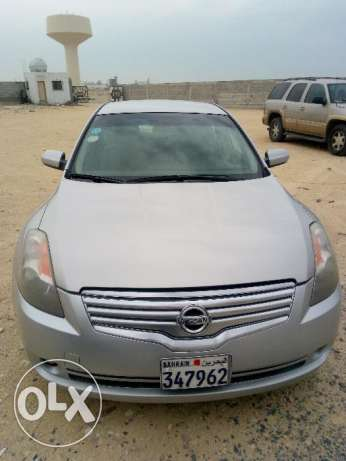 Altima 2.5 CC, Fully Automatic - 2009 Model, Silver Color, Excellent C