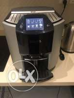 KRUPS EA9000 coffee machine /Needs to be fixed not working properly