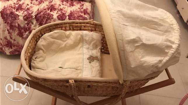 Mamas and papas baby Moses basket cot