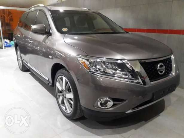 Nissan Pathfinder sv 2014 model still under warranty bank loan & cash