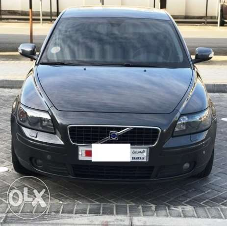 Volvo s40 fully loaded 2.5 t5 turbo 5 cylinder الرفاع‎ -  1