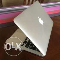 [Newest] 11 inch, Early 2015 MacBook Air Core i5 4GB RAM 128GB SSD