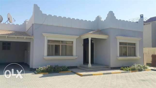 BYA11 3br semi furnished villa for rent in budaiya highway