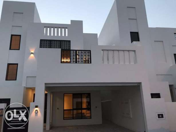 3 BR Villa Semi Furnished For Rent in Diyar Al Moharraq