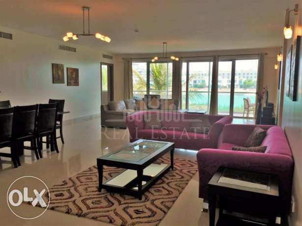 Fully furnished apartment in Amwaj with MAGNIFICENT views of the sea