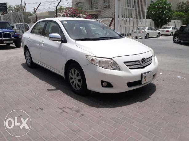 Toyota corolla single used vehicle 1.8 model 2010 for sale