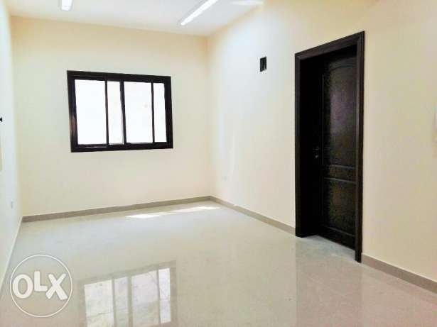 2 Bedroom Unfurnished Apartment in Hidd