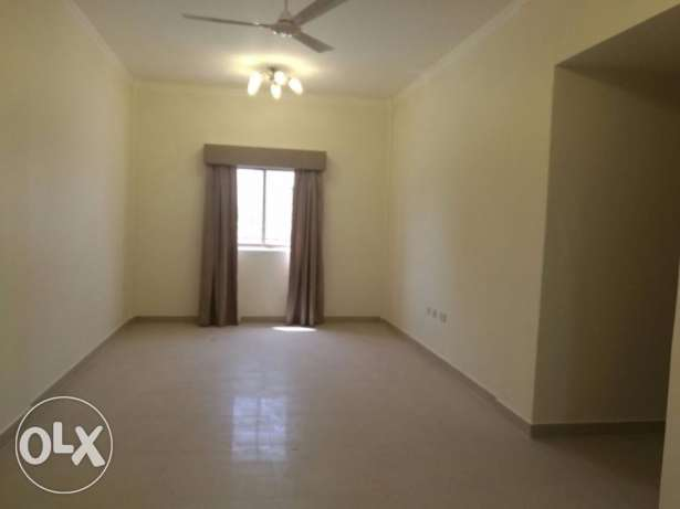 BRAN NEW - CENT AC-2bedroom, 3bathroom, hall, lift, kitchen, parking