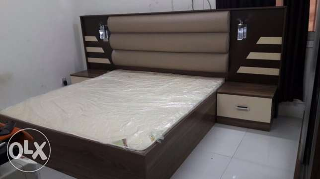 king size bedroom set in good condition
