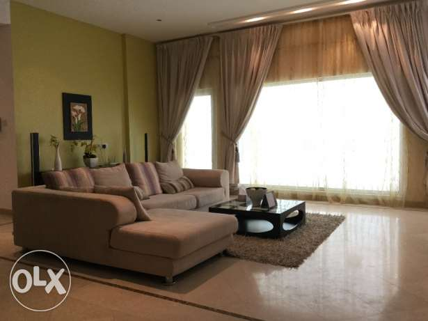 Luxurious, Modern and Spacious 2 Bedrooms Apartment with Large Balcony