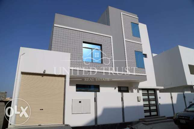New villa For sale in Shehrkan Area. المنامة -  1