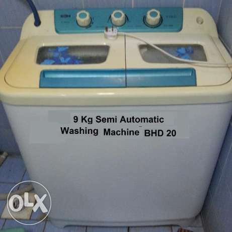 5. Washing Machine 9.5 Kg Semi Automatic, in very good condition