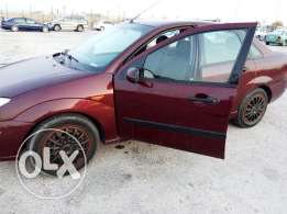 Ford Focus car with low milige very good condition for sale model 2004