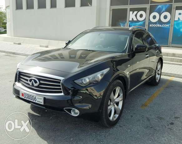 INFINITI FX50s Fully Loaded and Excellent Condition