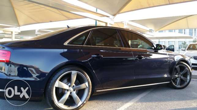 AUDI A8.13400 KM under warranty and service package AGENT MAINTAINE