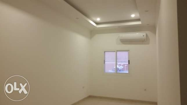 brand new full building for rent sanad one chque