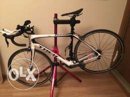 Trek Road Bike - Domane 5.9