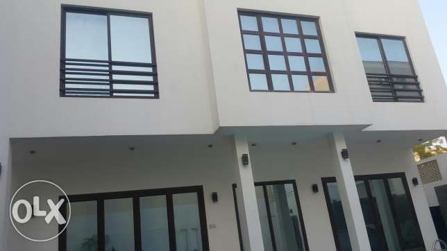 Villa for Sale in Janabaya, very good location