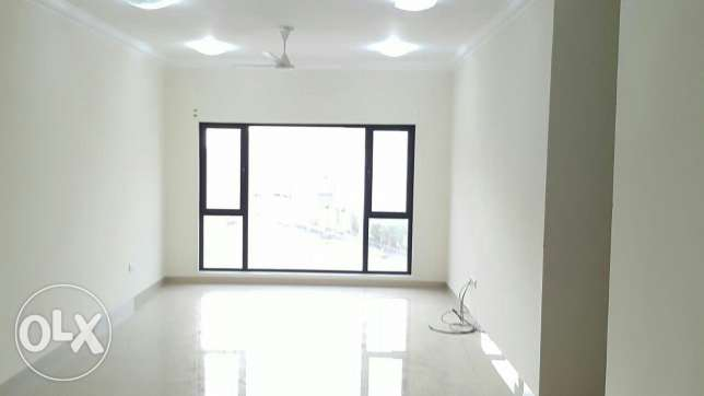 To let / Super 3 BHK semi furnished flat / all amenities