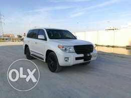 LandCruiser GXR V8 2013 Full Agent Maintained Single owner