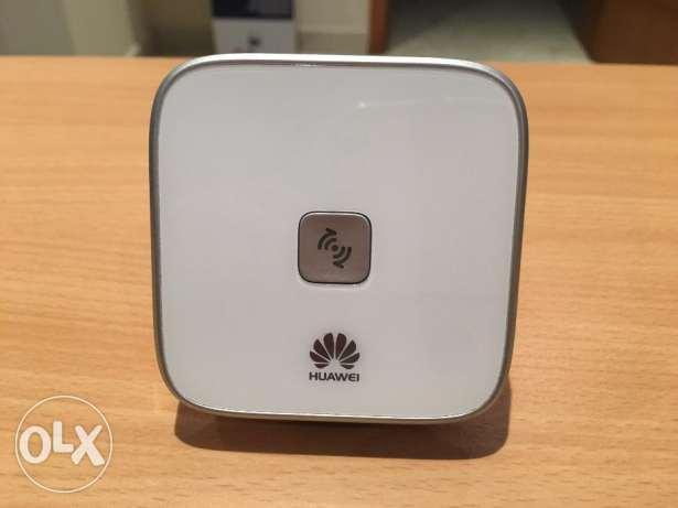 HUAWEI WS323 300Mbps 5G/2.4G Wireless Extender