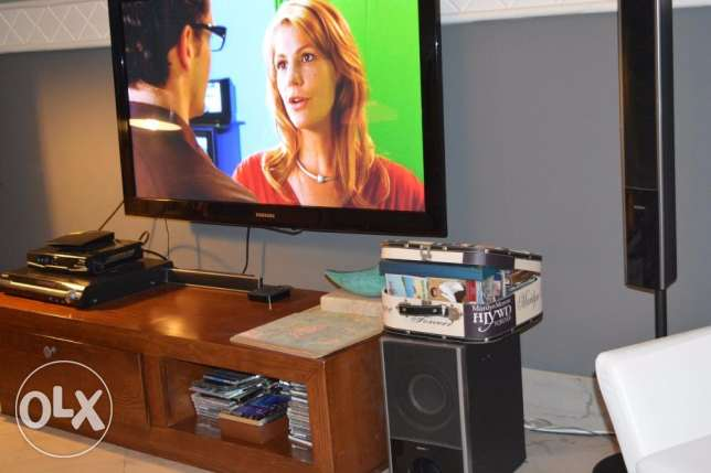 samsung HD 48 inch tv 121cm width- 2011 and Sony sound system