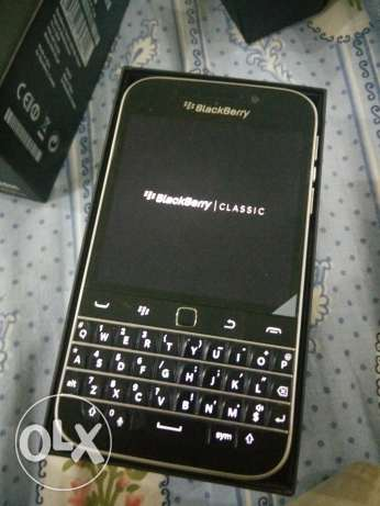 Blackberry Classic Almost new, 2weeks used