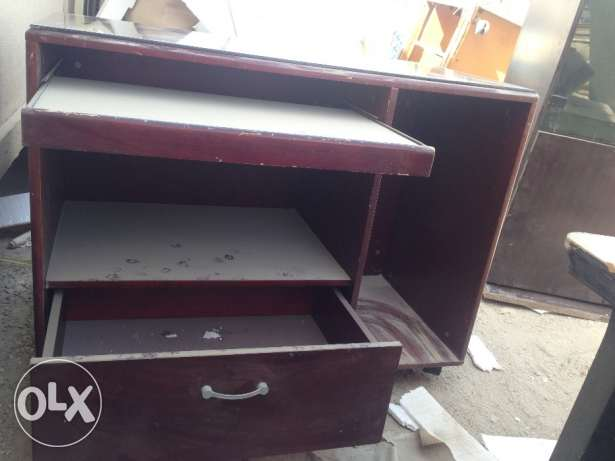 Computer table for sale توبلي -  6