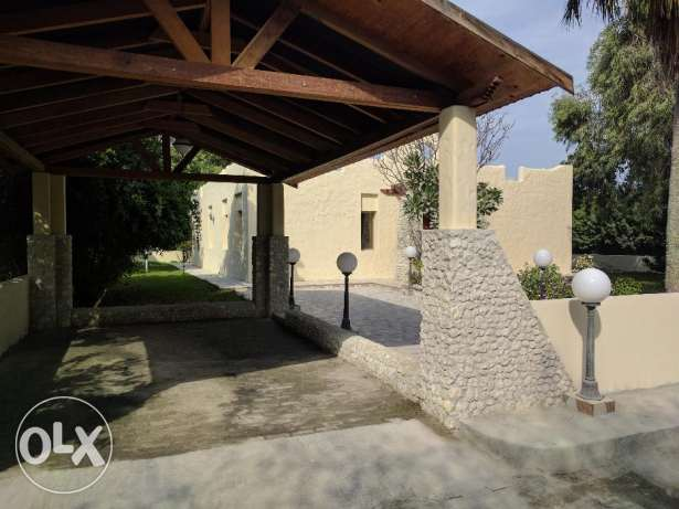 Lovely 3 Bedroom semi furnished villa with large garden - inclusive