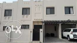 Full Furnish 3 bedroom villa with private pool for rent in Juffair 850
