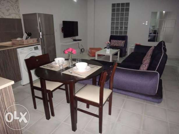 fully furnished flat for sale جزر امواج  -  3