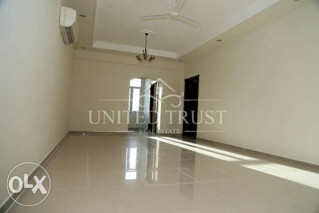 Office Apartment For Rent in Tubli. توبلي -  1