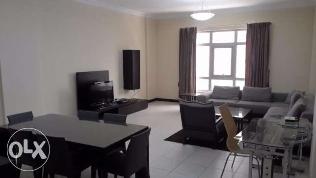 Spacious 2 BR Apartment in Juffer