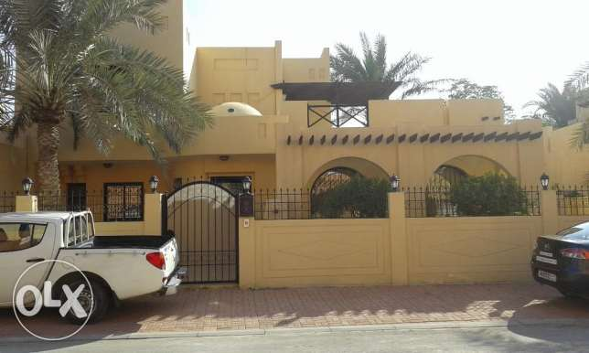 Villa For Sale In Saar Saraya -1 سار -  1