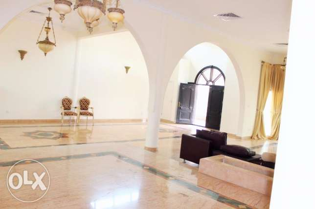 4 Bedroom Amazing s/f Villa in Barbar