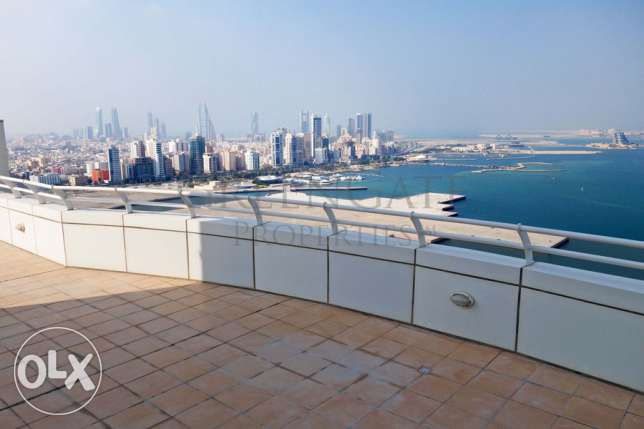 2br Penthouse with Private Roof Terrace!