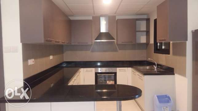 Brand new 2 Bedrooms apartment with modern furniture fully furnished n جزر امواج  -  5